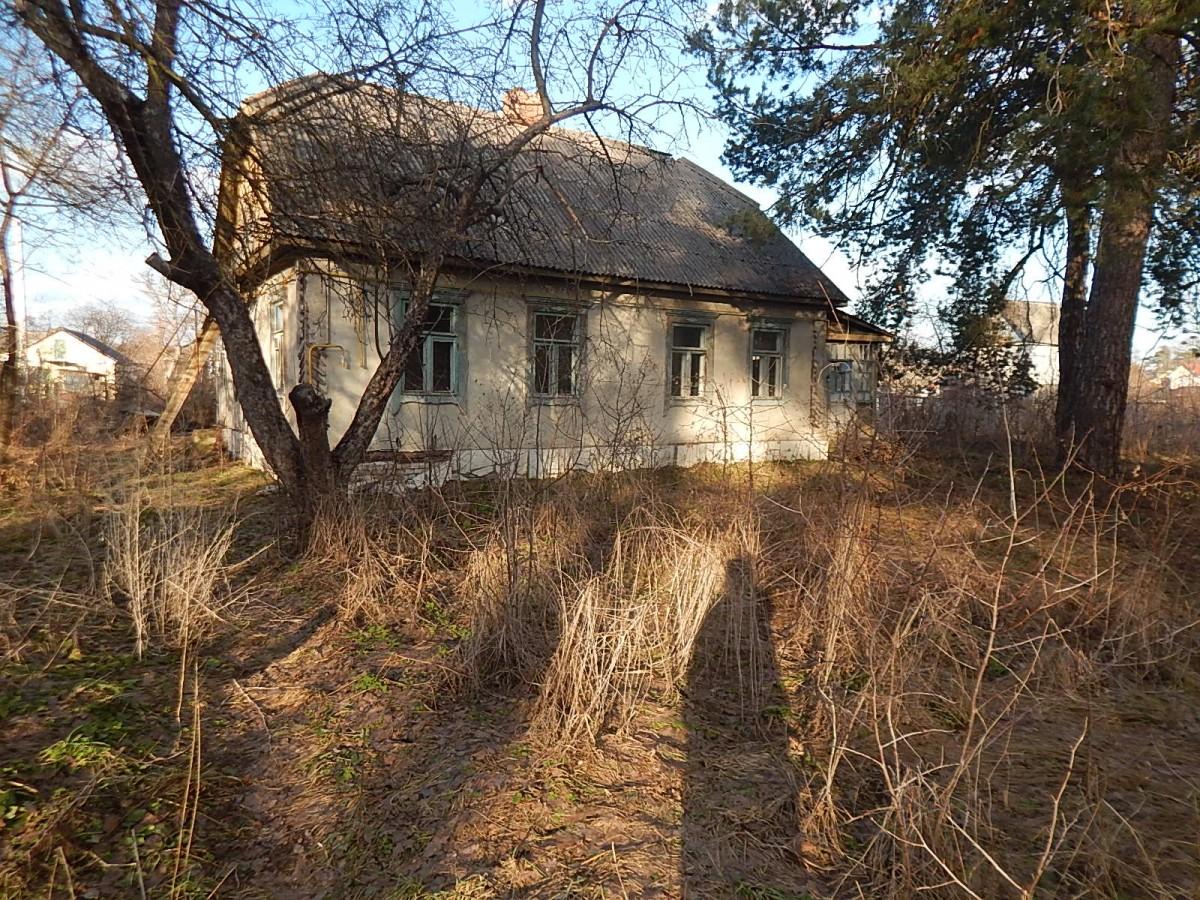 Старый дом под снос в курортном Ворзеле