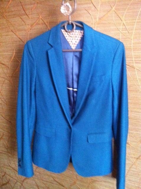 Продаю женский пиджак 46 размер