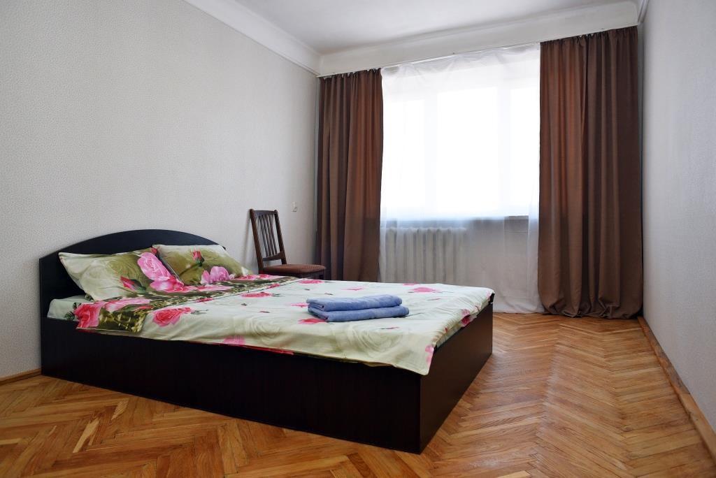 Сдам посуточно 2-х комнатную квартиру в центре столицы