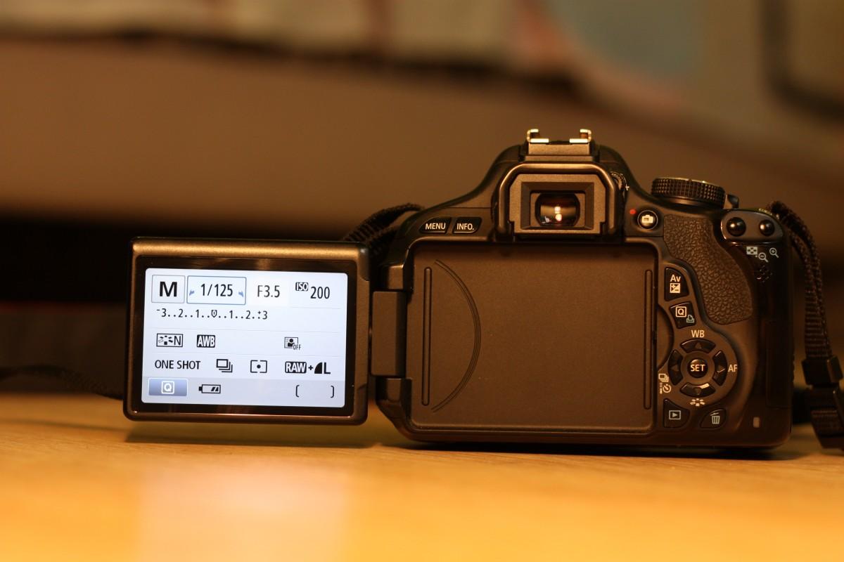 Canon 600 D+kit 18-55мм, 3,5-5,6