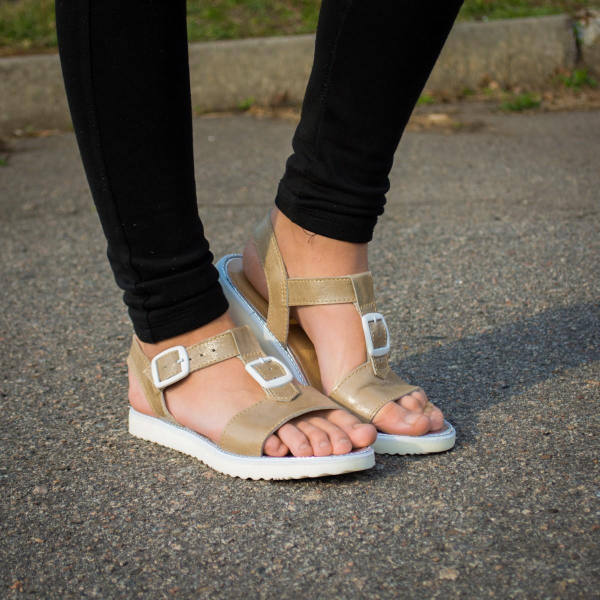Женские сандалии босоножки кожаные на пряжках бежевые без каблука winner boots натуральная кожа Украина Возврат Недорого