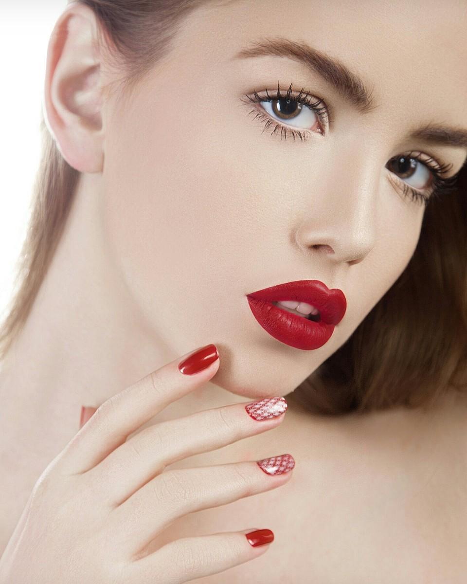 Визажист и стилист по прическам, макияж на любое событие, укладка, причёска, мейк, обучение макияжу
