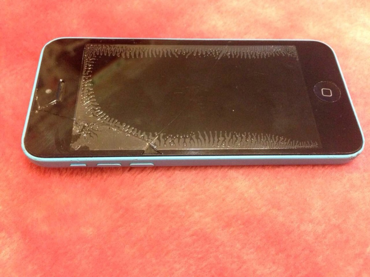 Продам срочно айфон 5с голубой 16гб неверлок