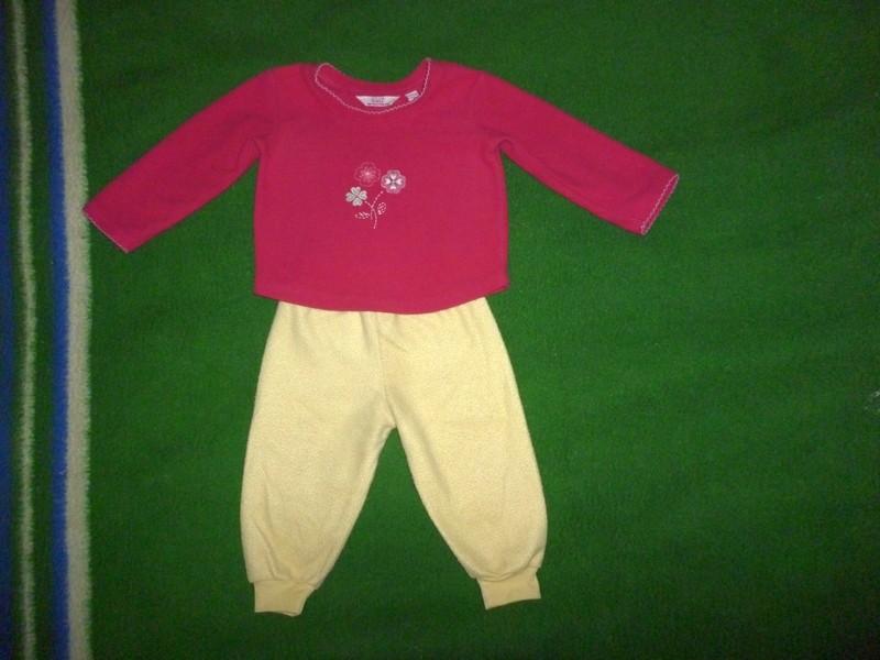 пижама,костюм на 12-18 мес