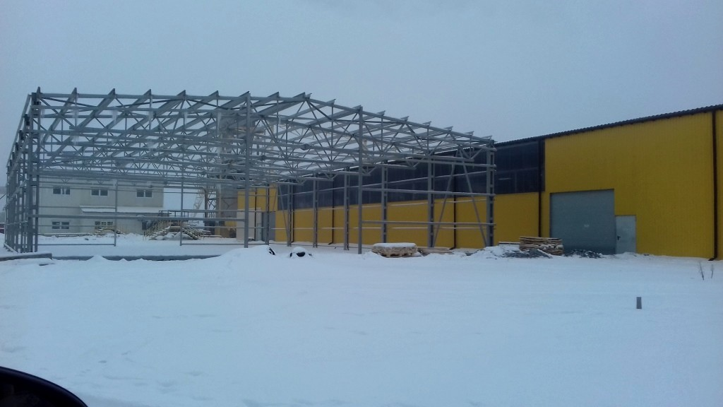 Купити готові конструкції під склади, ангари, торгове площі