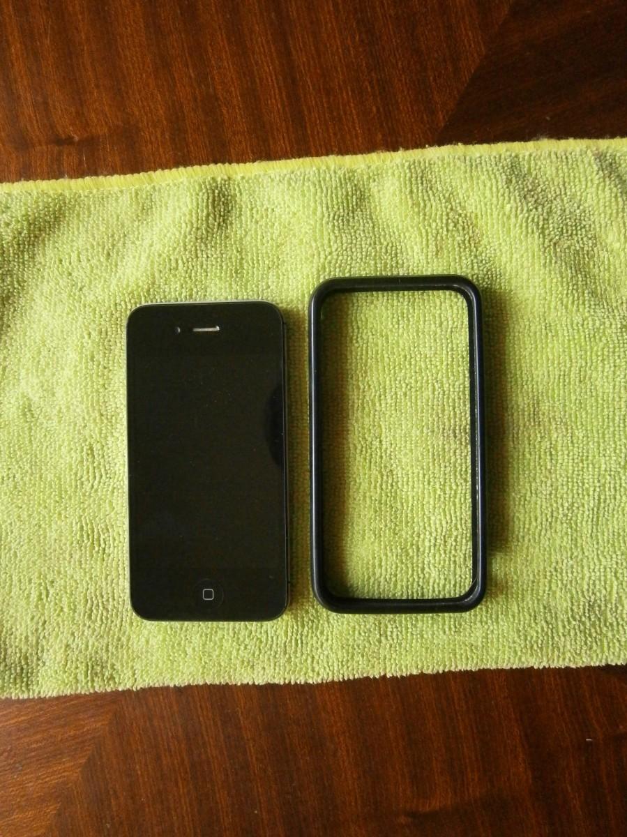Мобильный телефон iPhone 4s На детали