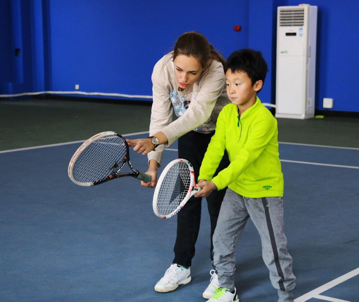 Набор в детские группы по большому теннису