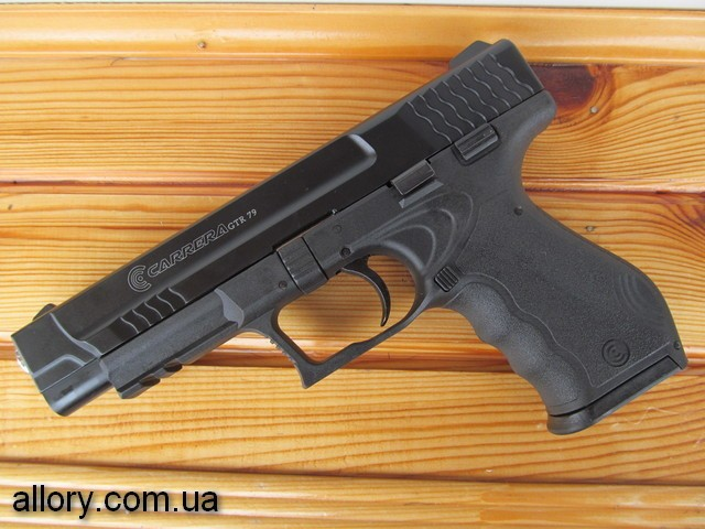Продам стартовый пистолет CARRERA