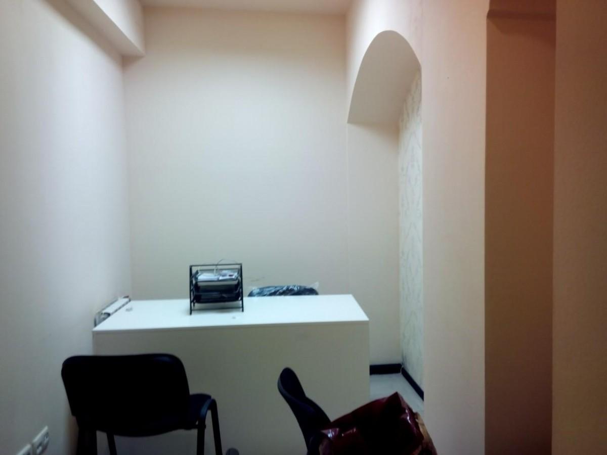 Сдается в аренду помещения Площа Льва Толстого, под офис, адвокат, нотариус и др.