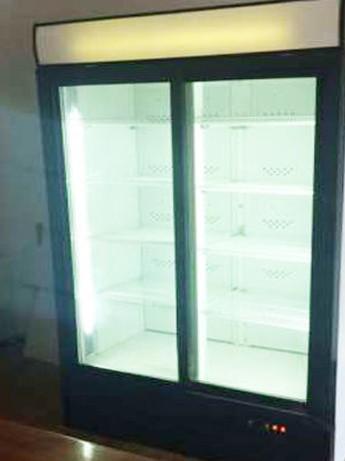 Холодильный шкаф Бу, двухдверные холодильные витрины