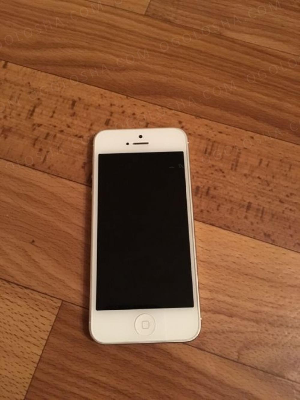 продам iPhone 5 white 16 GB