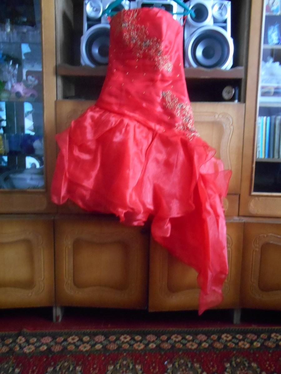 Продаю выпускное платье 600грн