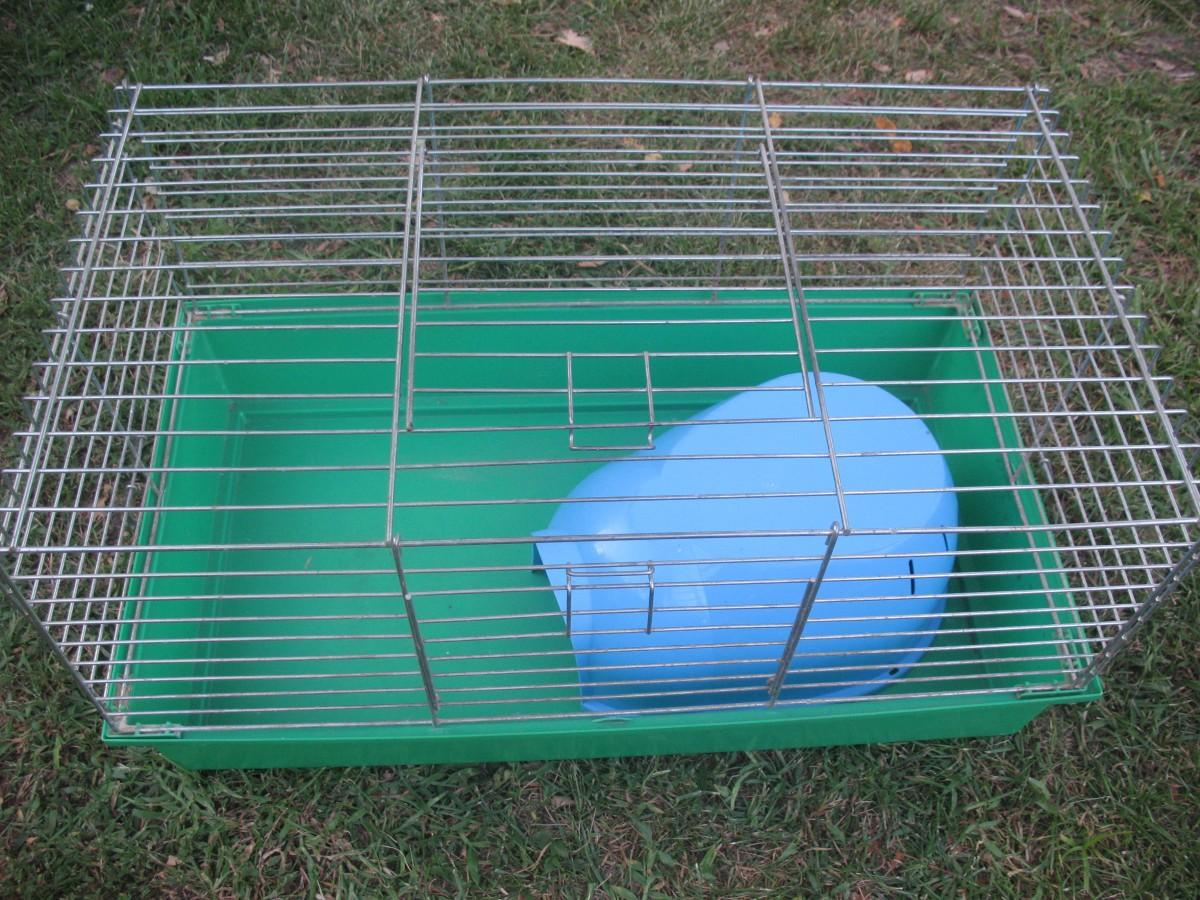 Продам клітку з будиночком для кролика або морської свинки - 470 грн.