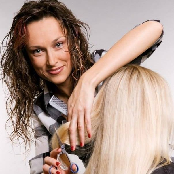 парикмахер-модельер, квалификация — 1, 2 класс
