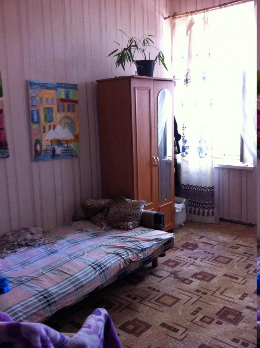 Продается комната в коммуне на Пушкинской