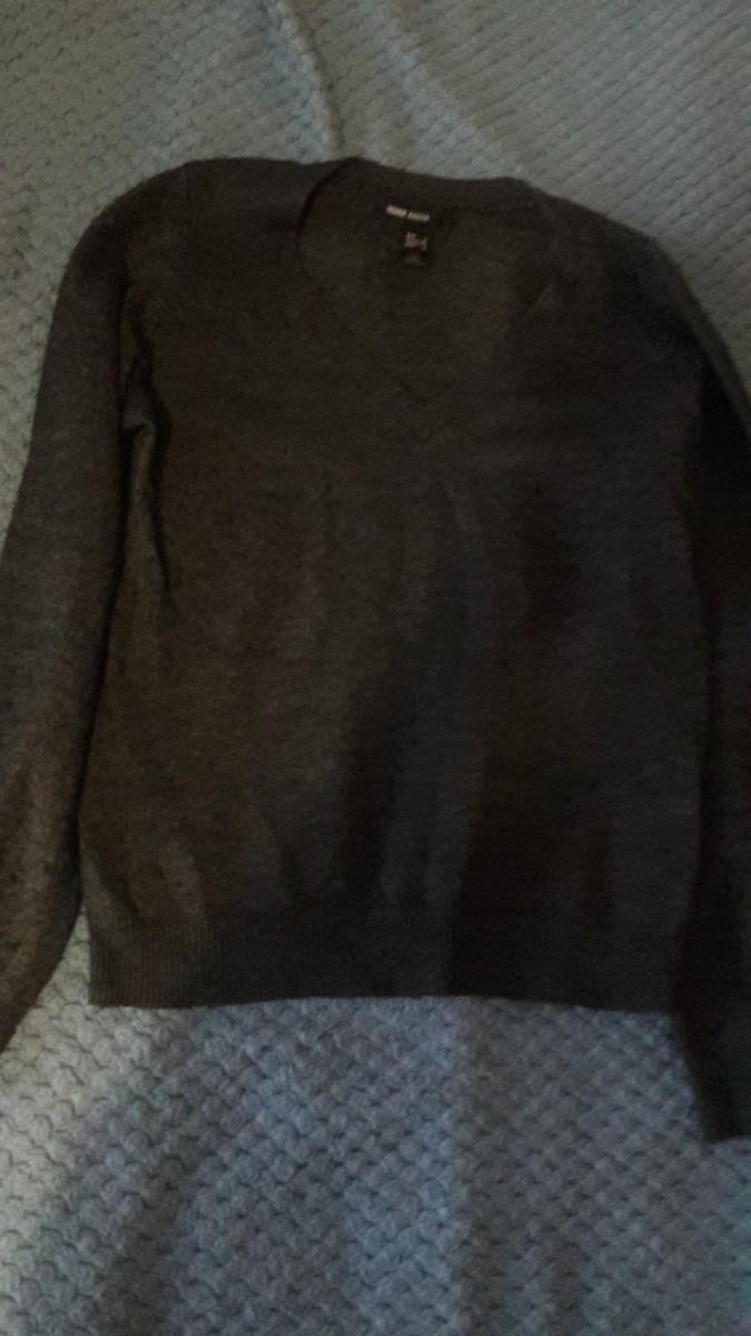 Продам пуловер Манго