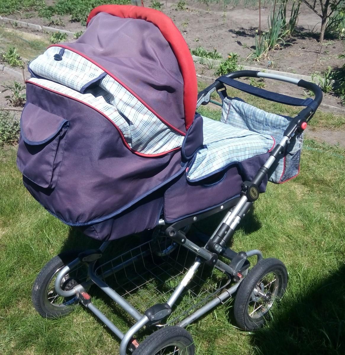 Детская коляска Geoby 3 в 1