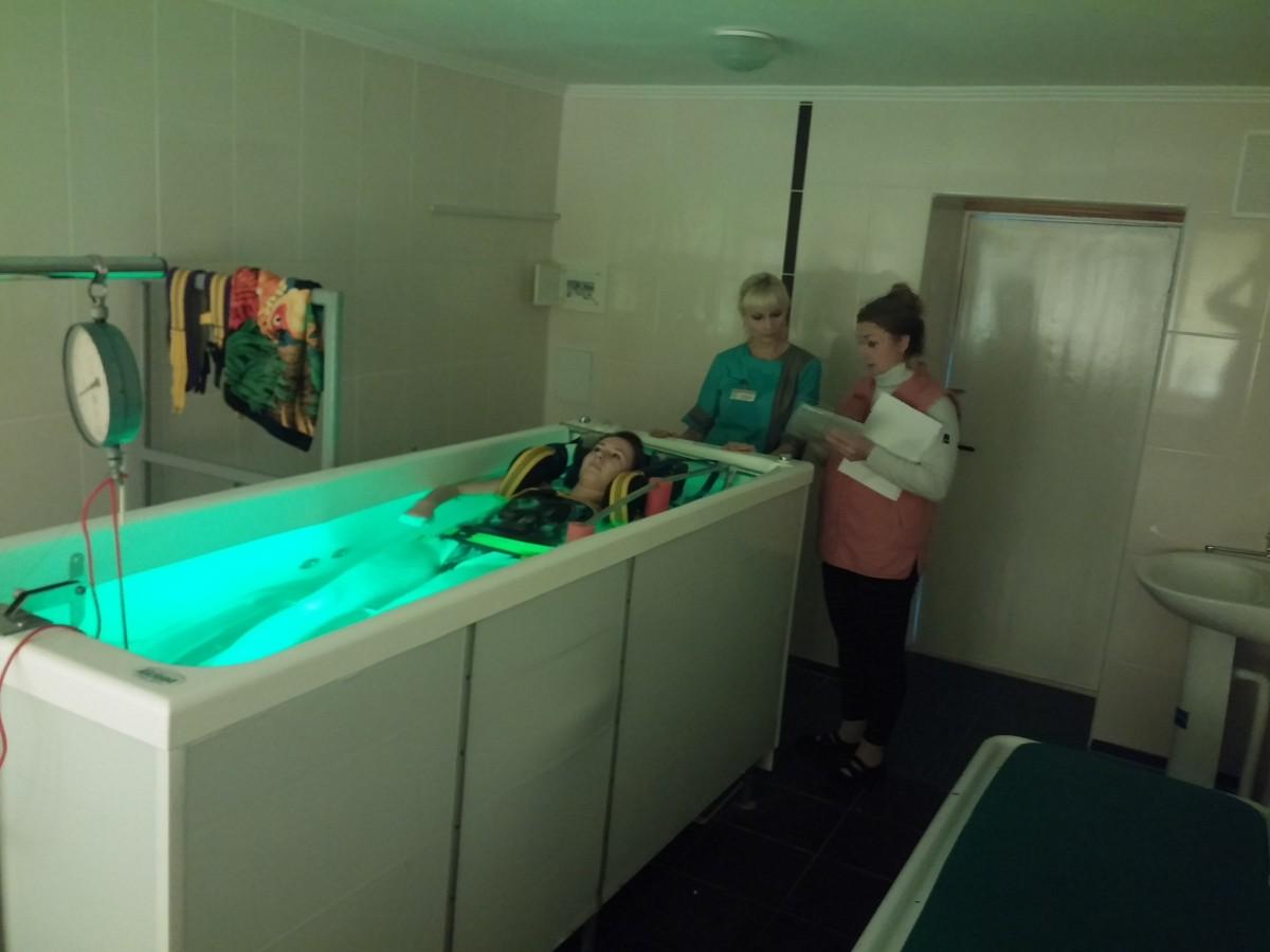 Аппараты подводного вытяжения позвоночника