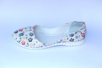 Ремонт і пошиття взуття в ательє; ремонт і пошив обуви в ателье