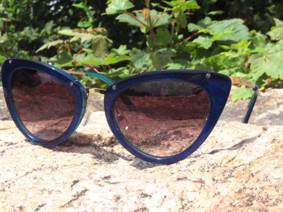 Tom Ford новый взгляд на планету!в фирменных очках том форд
