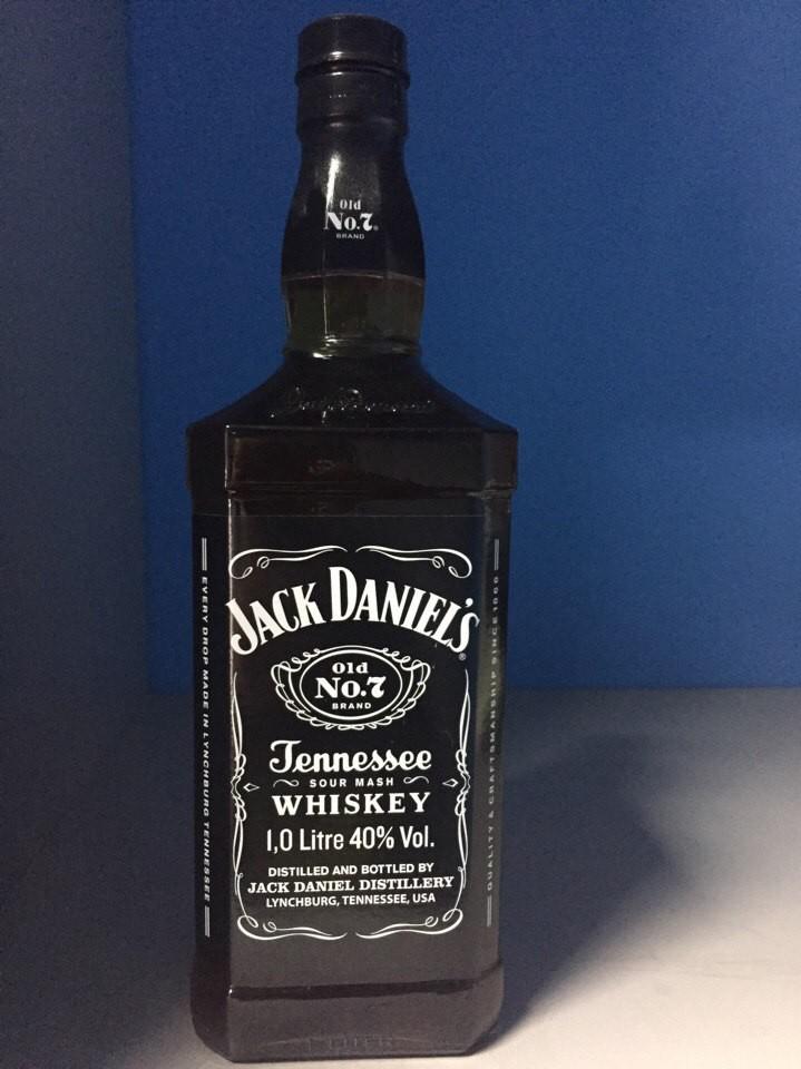 Акция Виски Jack Daniel`s 1l
