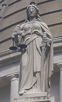 Профессиональная помощь адвоката
