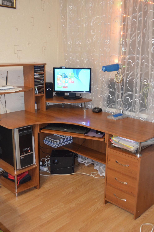 Продам компьютерный стол.: 1 800 грн - дом и сад / мебель ки.
