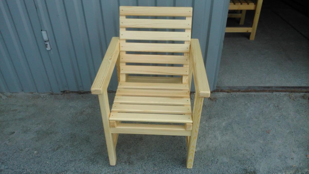 Кресло из натурального дерева. Одинарное и парное со столом.
