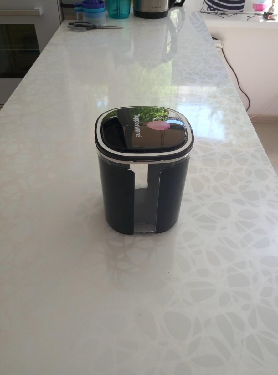 Контейнер Эллегантность 1,5 Л в черном цвете Tupperware