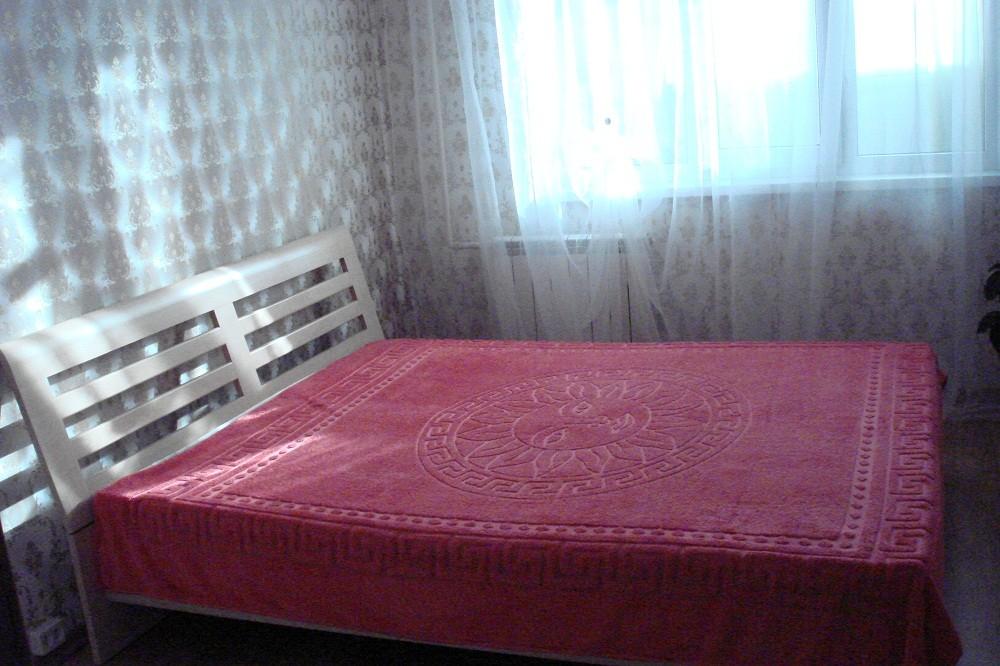 Сдам2-х   2-х комнатную квартиру у метро Теремки