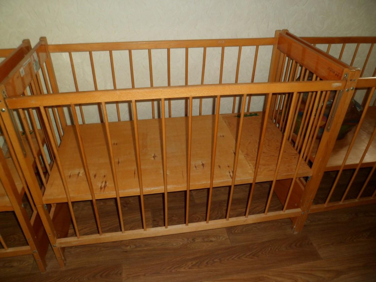Кроваті деревяні дитячі б/у