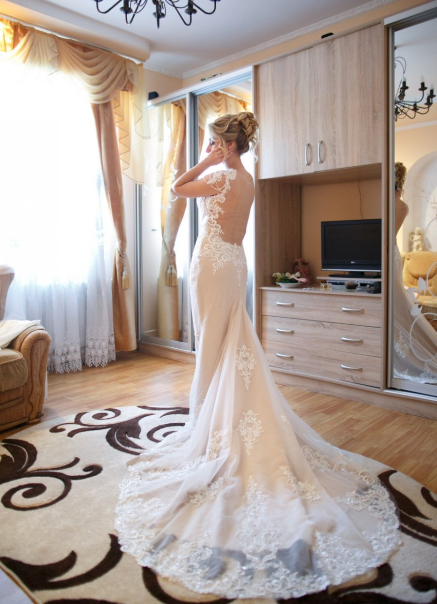 Продам фантастичну весільну сукню!!!