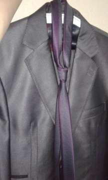 Продам елегантный мужской костюм