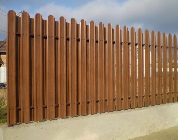 Штакетный забор металлический