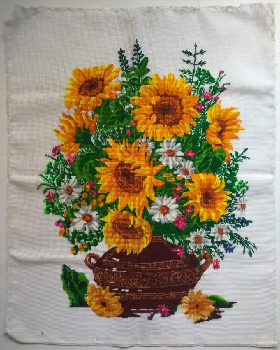 """Картина """"Букет соняшників"""", ручна вишивка хрестиком"""