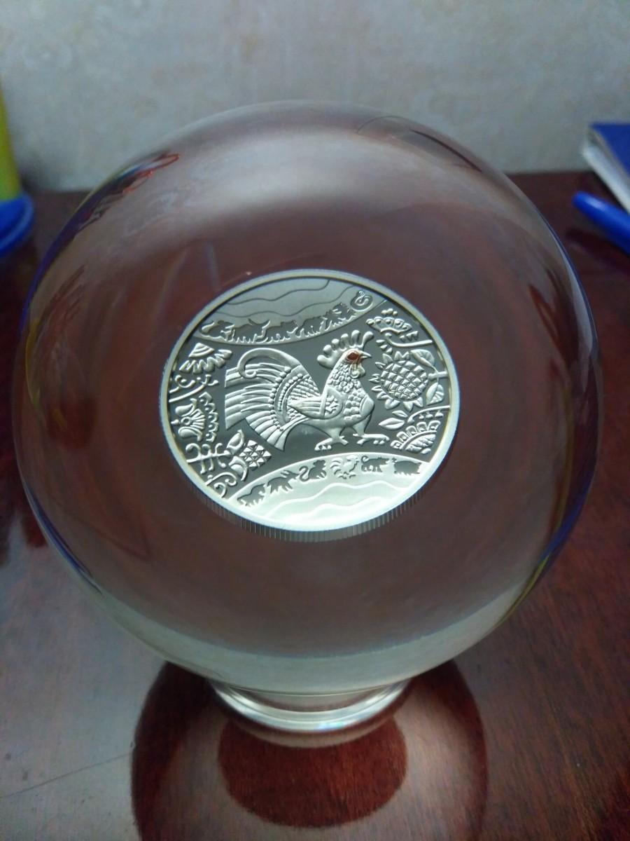 Год Петуха шар-монета