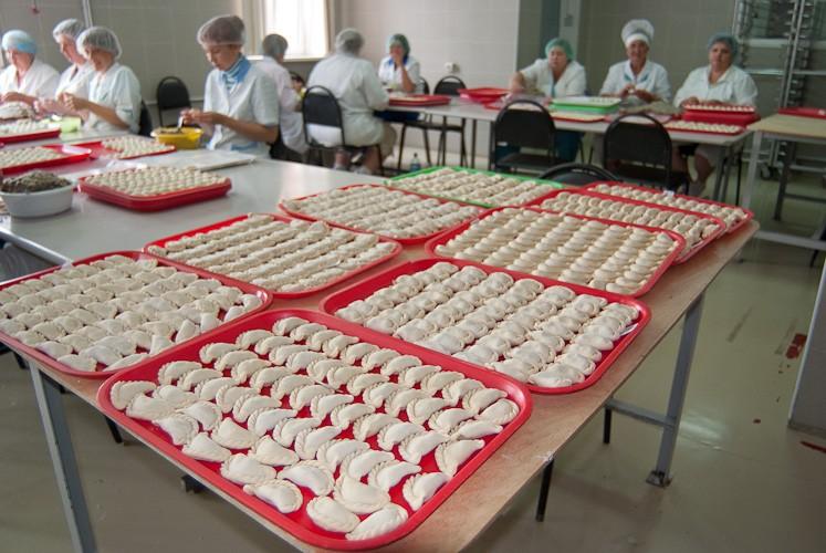 Работа в Польше упаковка пельменей и вареников