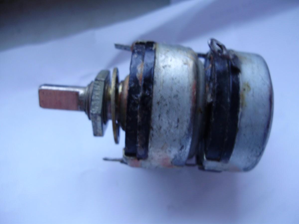 Резистор переменный СП3 сдвоенный