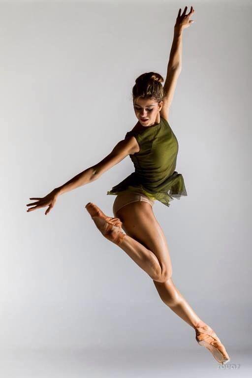 Танцовщицы. Работа в шоу танца Вильнюса.