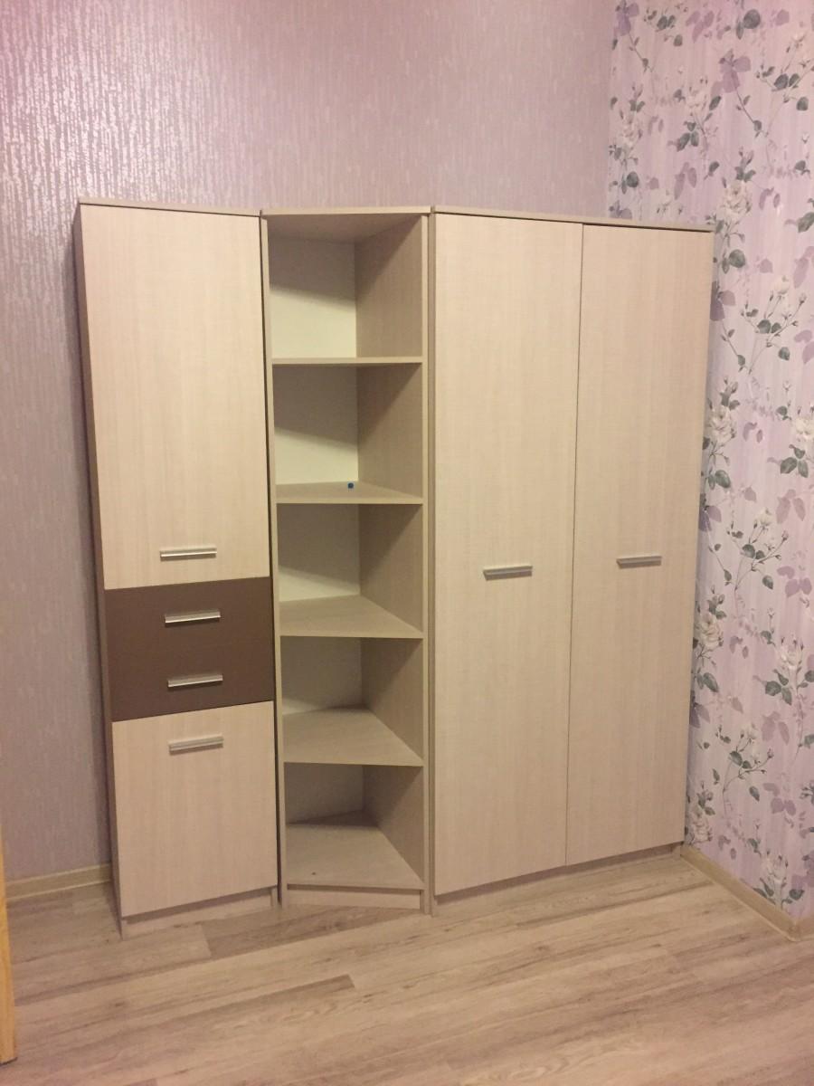 Продам шкаф и тумбу под телевизор
