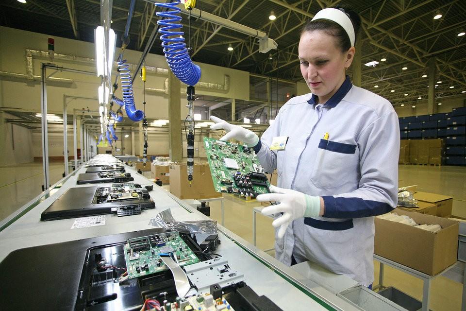 Работа в Германии сборка электроники на заводе