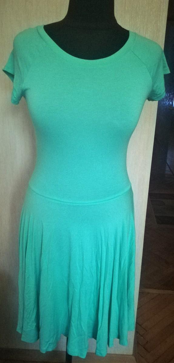 Новое мятное платье
