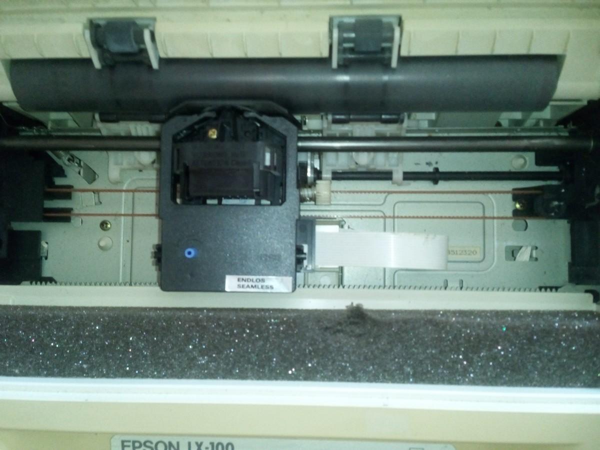 Принтер EPSON LX-100
