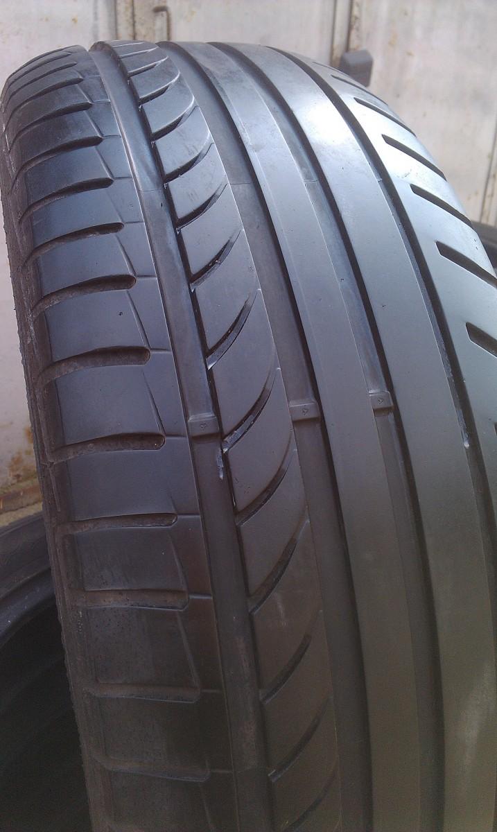 Шины, резина R17 235/55 R17 Dunlop SP Sport Maxx TT