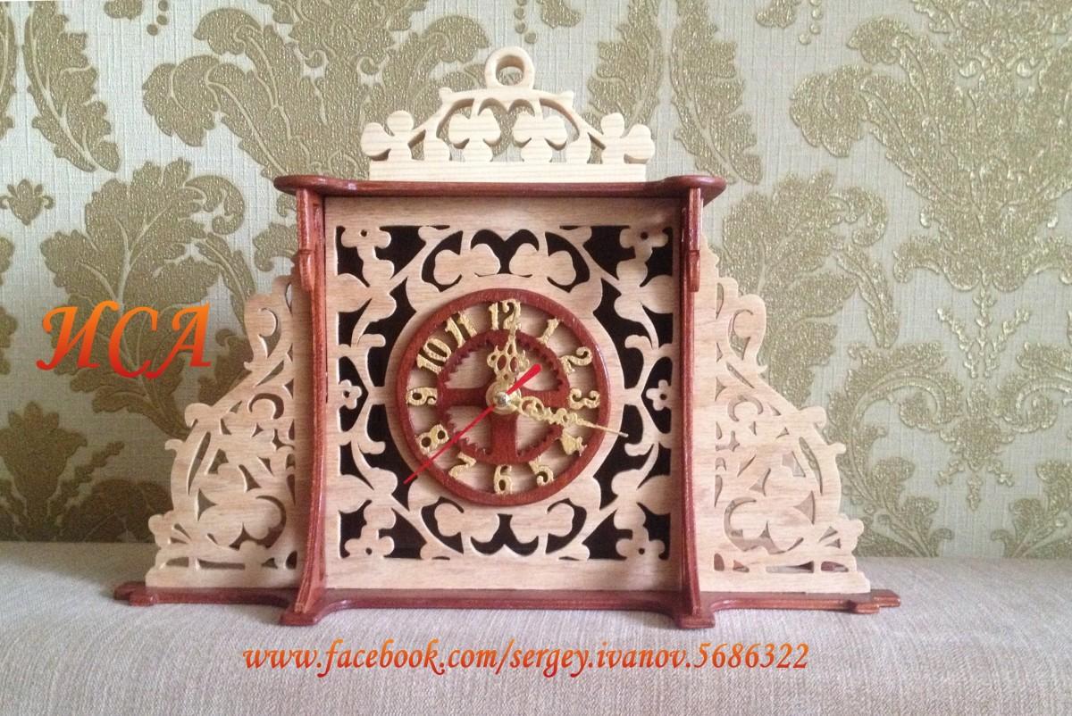 Часы Клевер