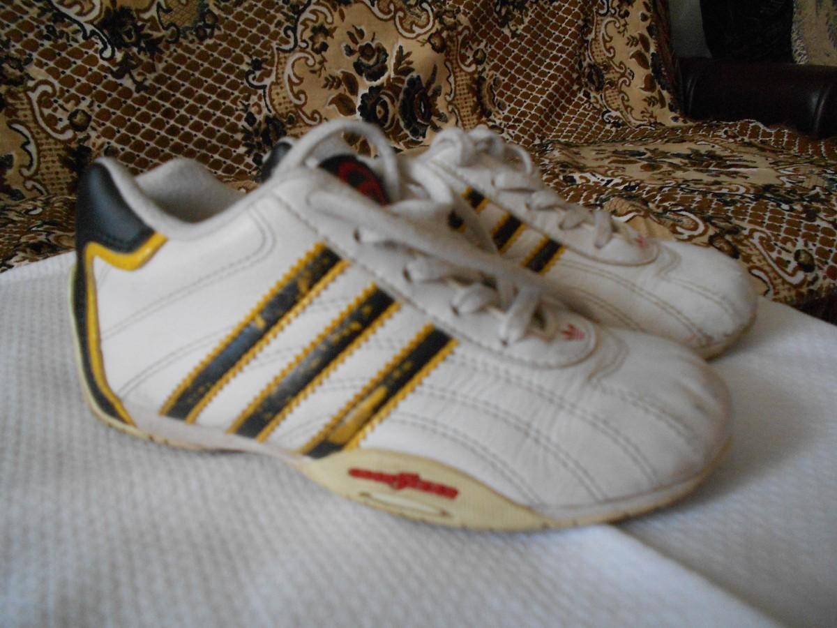 2c18309879519e Кросівки на хлопчика, фірми adidas розмір 27 (9,5): 170 грн ...