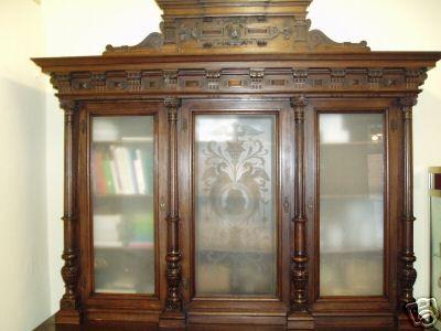 Куплю книжный шкаф, старинный, художественный