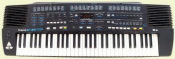 Срочно продам Roland E36