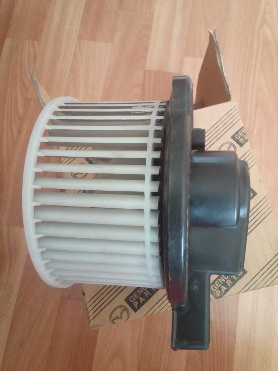 мотор отопителя(печки) Mazda 2