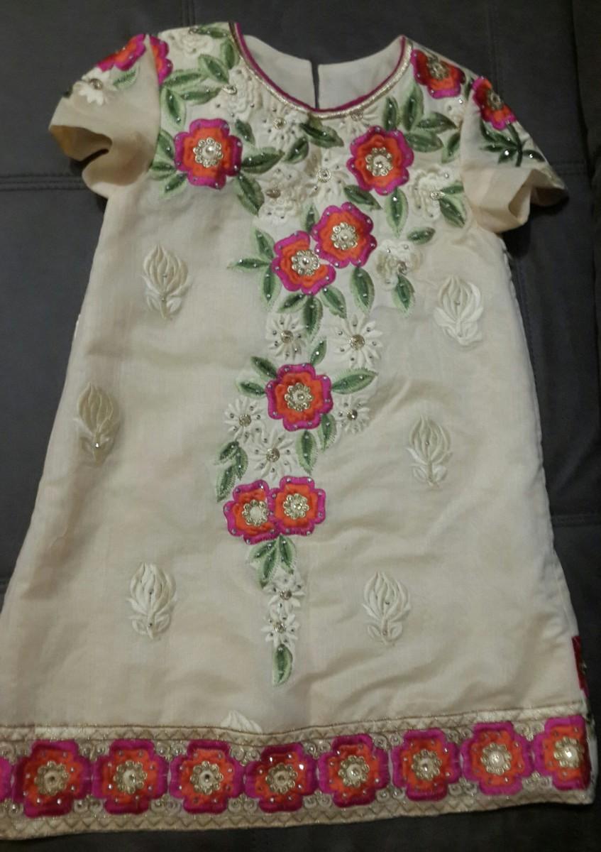 Детское вышитое платье 128 размер
